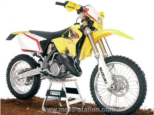moto cross 125 homologu route rc modelisme. Black Bedroom Furniture Sets. Home Design Ideas